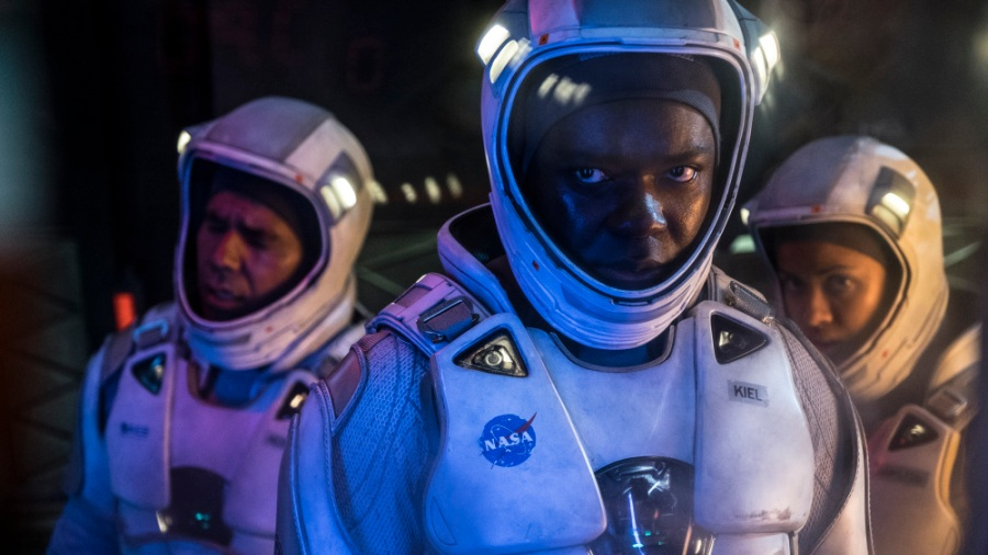 "The Cloverfield Paradox: In Space, No One Can Hear You ""Meh"""